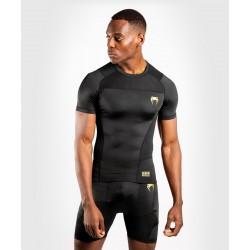 Venum G-Fit kompresijas krekls ar īsām piedurknēm melnā/zelta krāsā