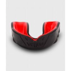 Venum Challenger Zobu Kape - melnā/sarkanā krāsā
